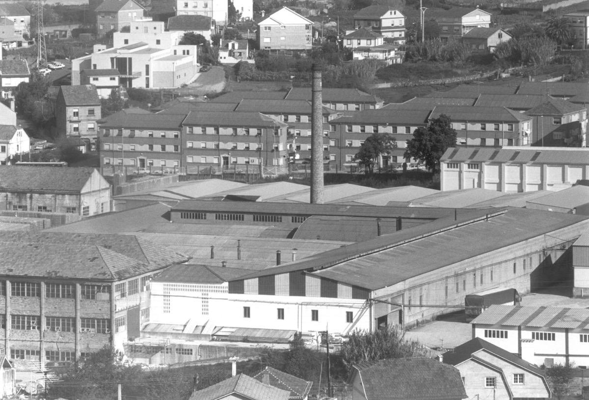 Resultado de imagen de imagenes de la fabrica de porcelana en vigo  manuel alvarez e hijos 1970